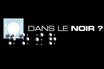 """Dans Le Noir?"" a restaurant in the dark"